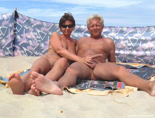 fucking housewife in nude beach