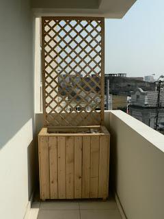 ghiveci exterior pentru amenajare balcon