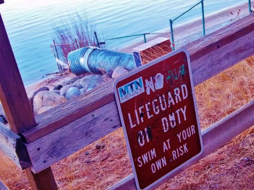 No Lifeguards ANYWHERE!!