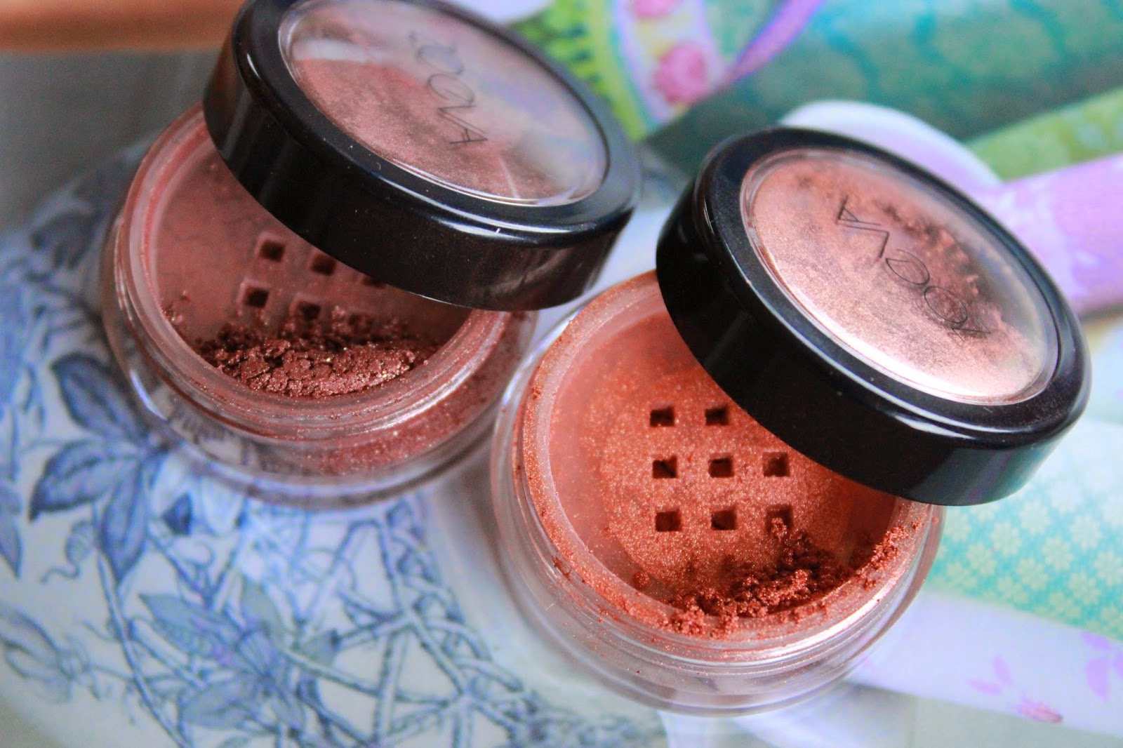 review zoeva pure glam pigments terra di sienna  oxidized earth