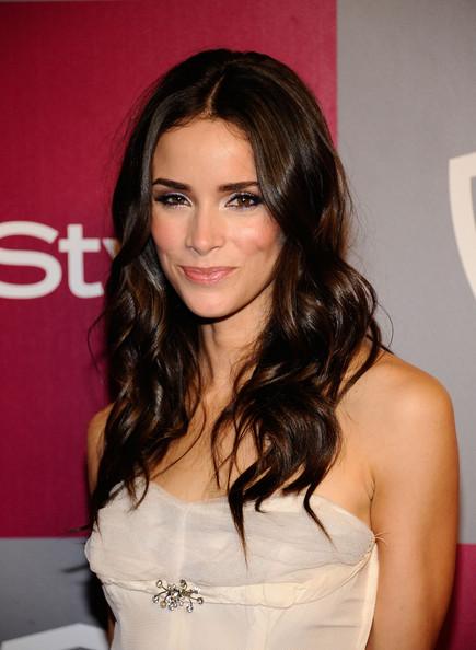 Abigail Spencer Pics Photos Bio Celebrity Hairstyles Actress Amisha Maxim