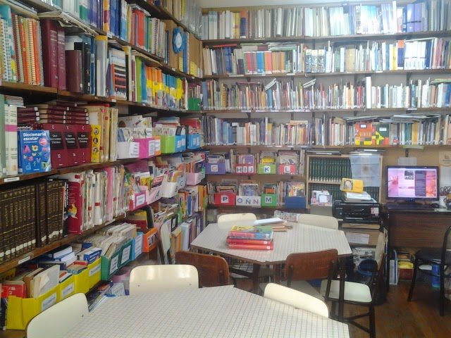 "Biblioteca ""Alfonsina Storni""  - Misión"
