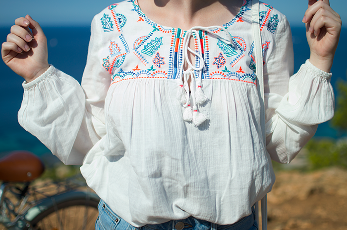 STYLE: OYSHO EMBROIDERED BLOUSE