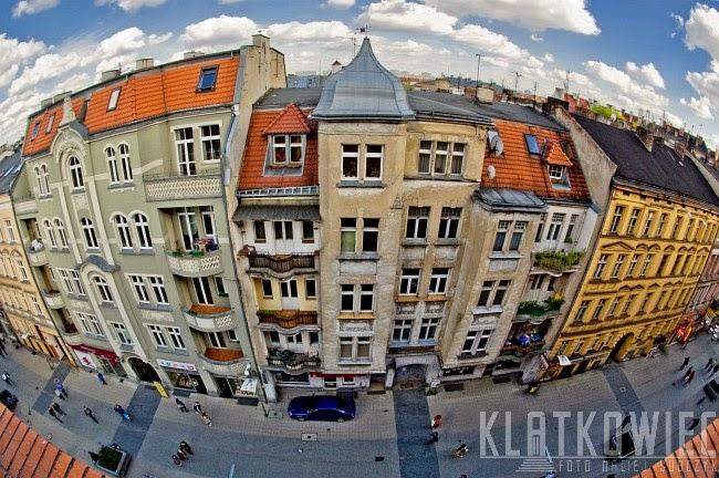 Poznań. Kamienice przy ulicy Półwiejskiej