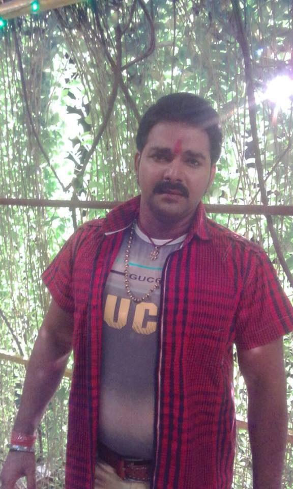 Pawan Singh Sarkar Raj Shooting pic