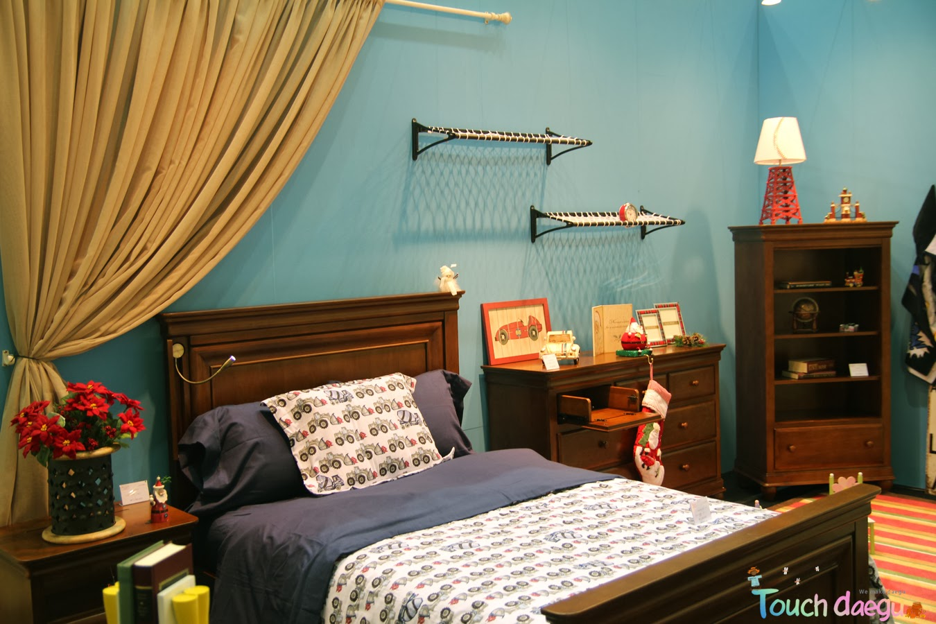 Particularly, The Fair Shows Special Brands Of Home Decoration And  Furnishings From All Over ...