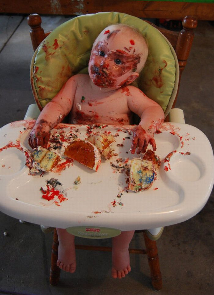 Images Of Eaten Birthday Cake : How To Eat Your First Birthday Cake ~ Damn Cool Pictures
