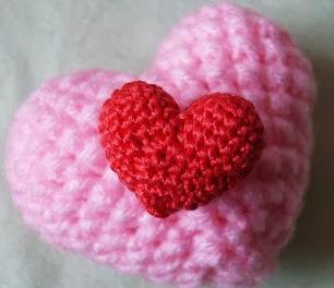 http://voodoomaggie.blogspot.com.es/2010/02/valentines-free-pattern.html