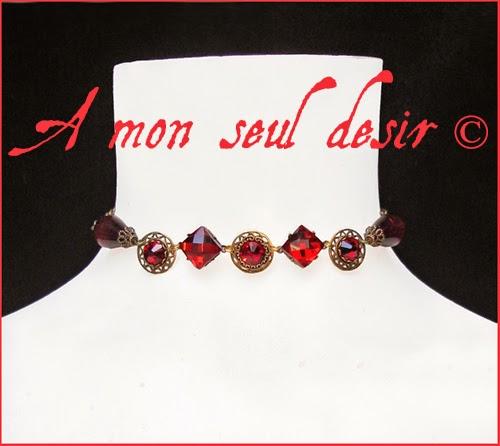 Collier médiéval renaissance rouge grenat rubis bronze medieval red garnet ruby necklace