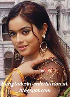 Bangladeshi Actress Sahara picture