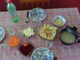 Franguinho com batatas e brócolis com molho branco