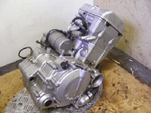 Mesin Kawasaki Ninja 250 1 Silinder
