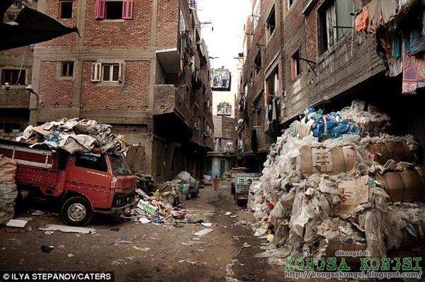 Manshiyat Naser Bandar Sampah - Paling Kotor Di Dunia