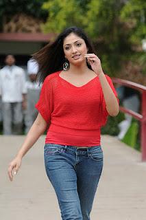 Hari Priya Cute Photo Gallery