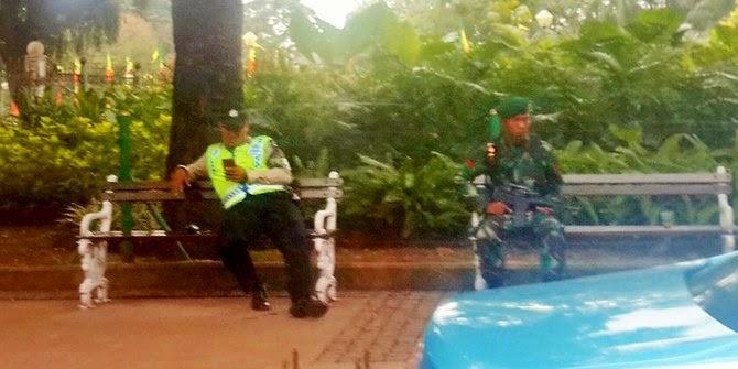 foto polisi dan tentara saat KAA