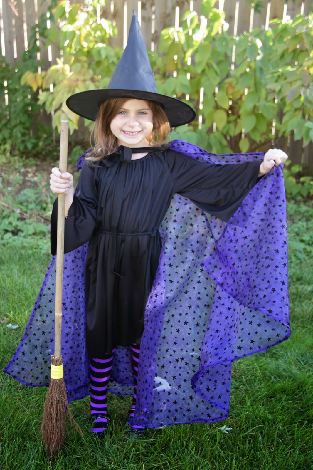 Zombie, Witch, Cat, and Mummy Halloween Costumes! - Smashed Peas ...