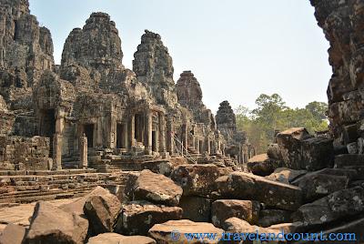 Bayon Temple Angkor Tour