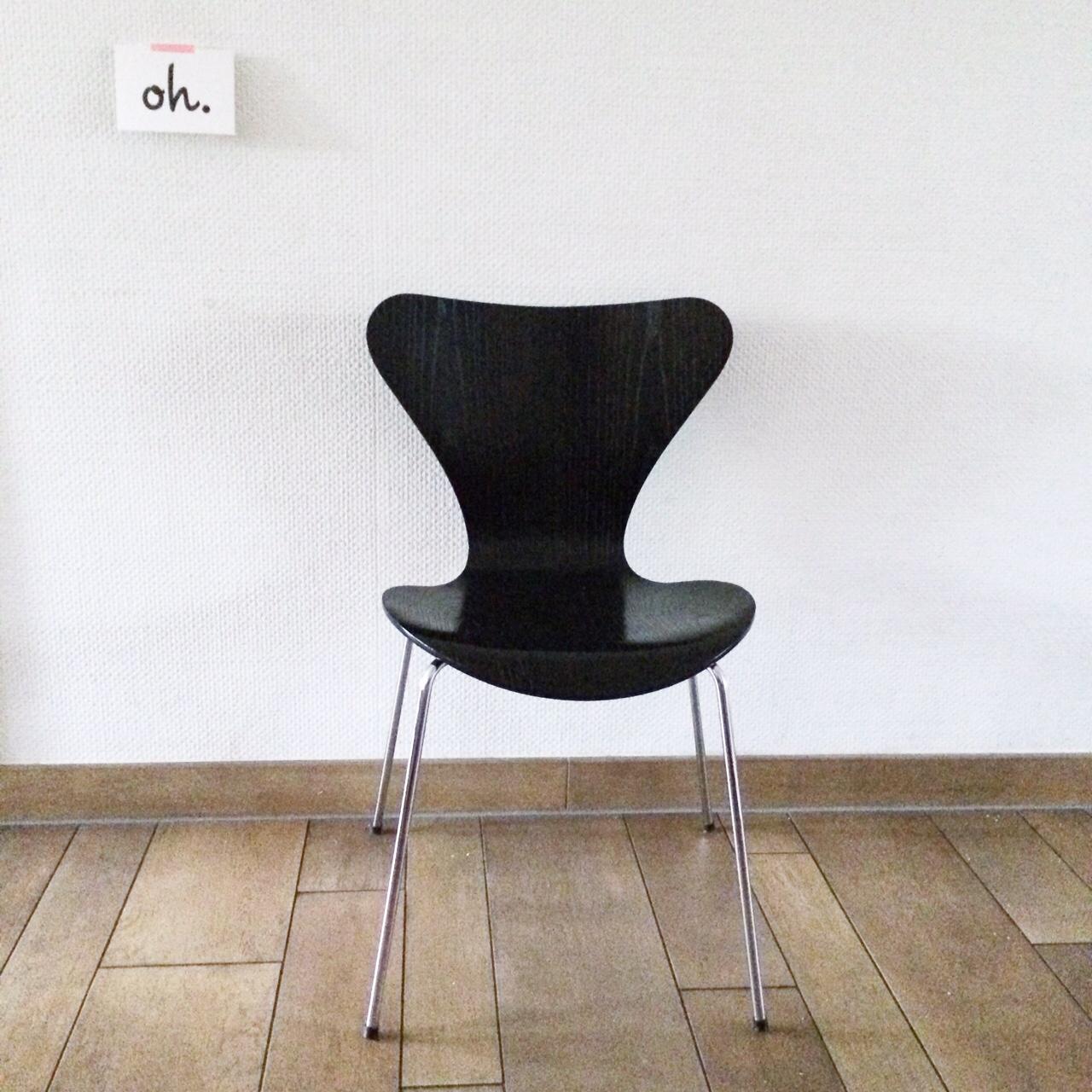 Fritz Hansen chair 3107
