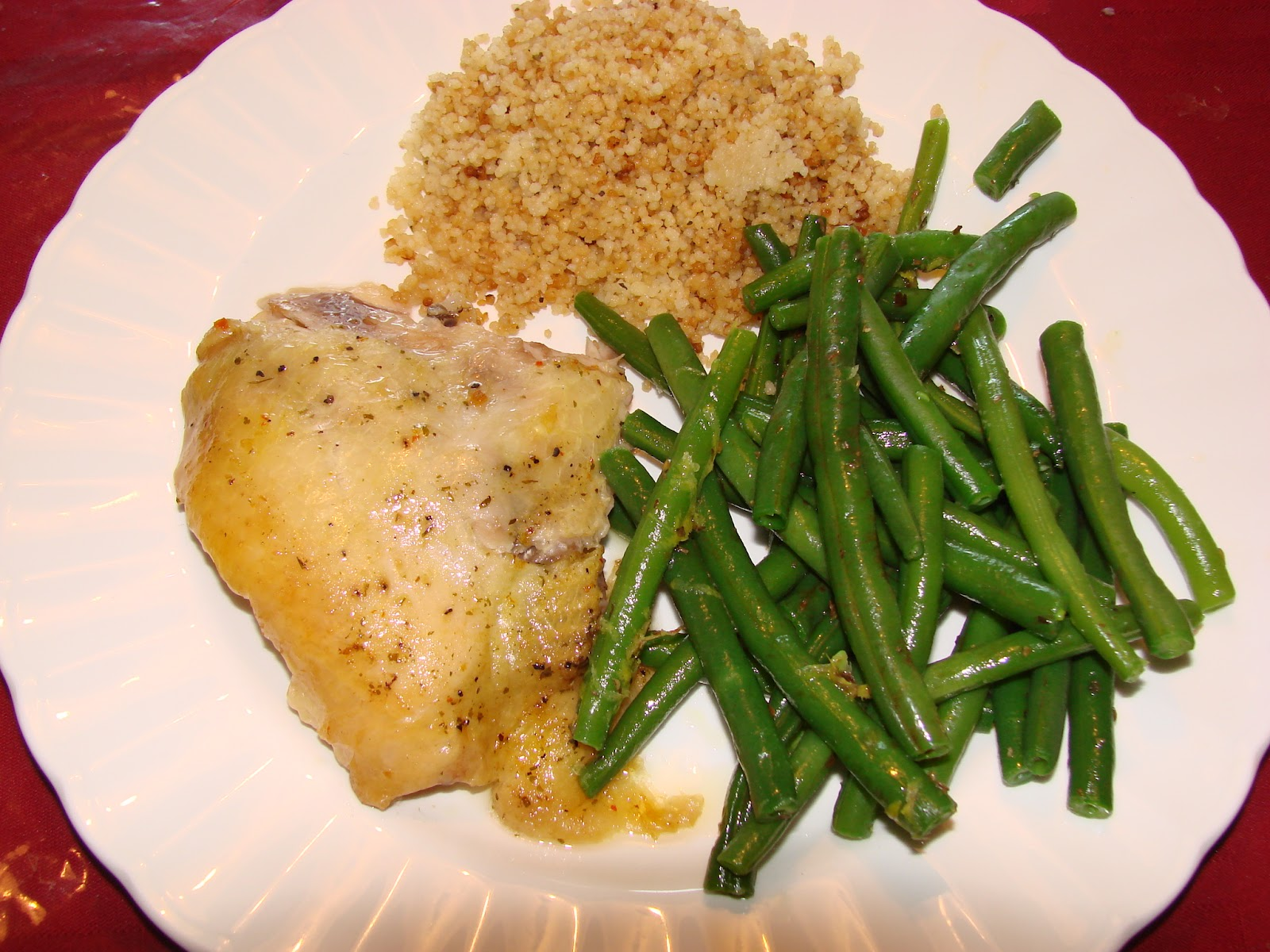 Aggieland Mommy Cooks: Crock Pot Lemon Herb Chicken