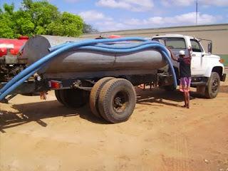 Comunidade no Ceará depende exclusivamente de carro-pipa