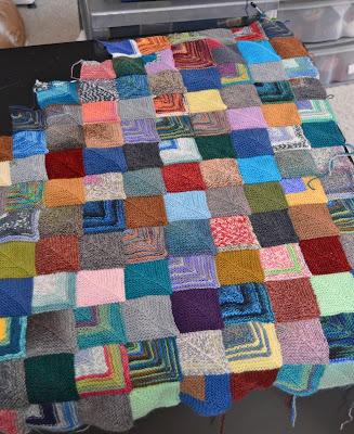 mitered squares blanket, knitting, http://www.jgknits.com/