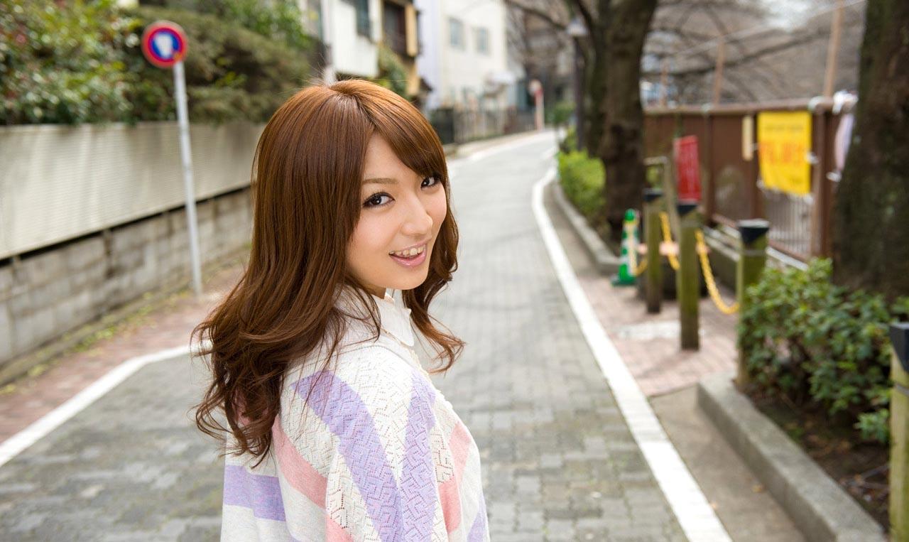 hot japanese idol shiori kamisaki pics 02