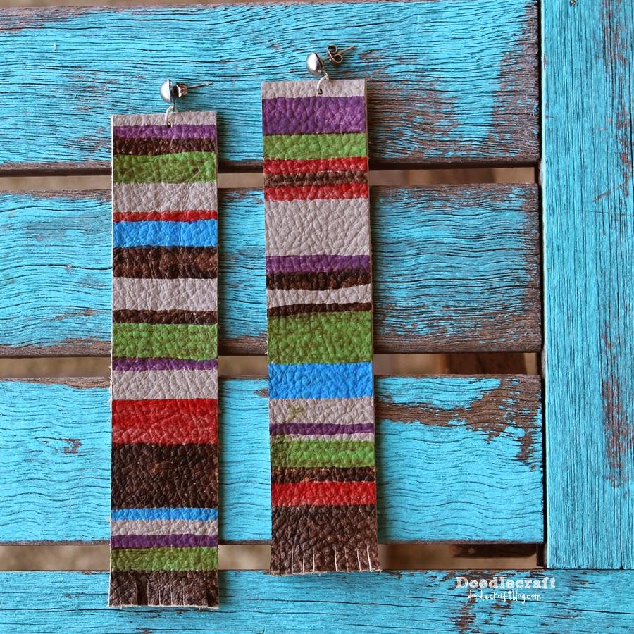 http://www.doodlecraftblog.com/2014/11/tom-baker-scarf-earrings-4th-day-of.html