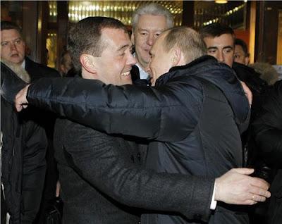 Medvedev congratulates Putin