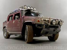 Xe mô hình tĩnh Hummer H2 SUT Concept Off-Road hiệu Maisto tỉ lệ 1:18