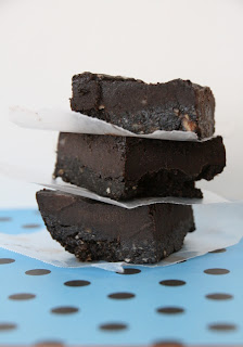 brownies with almonds, healthiest brownies, two layer brownies
