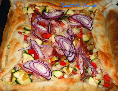 torta salata indivia zucchine peperone e cotto