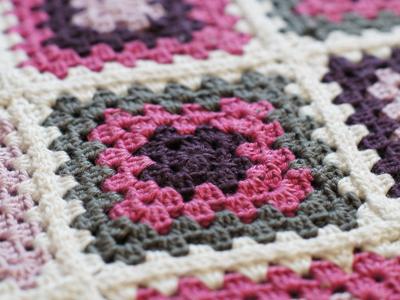 crochet knitting stitch granny square babydecke. Black Bedroom Furniture Sets. Home Design Ideas