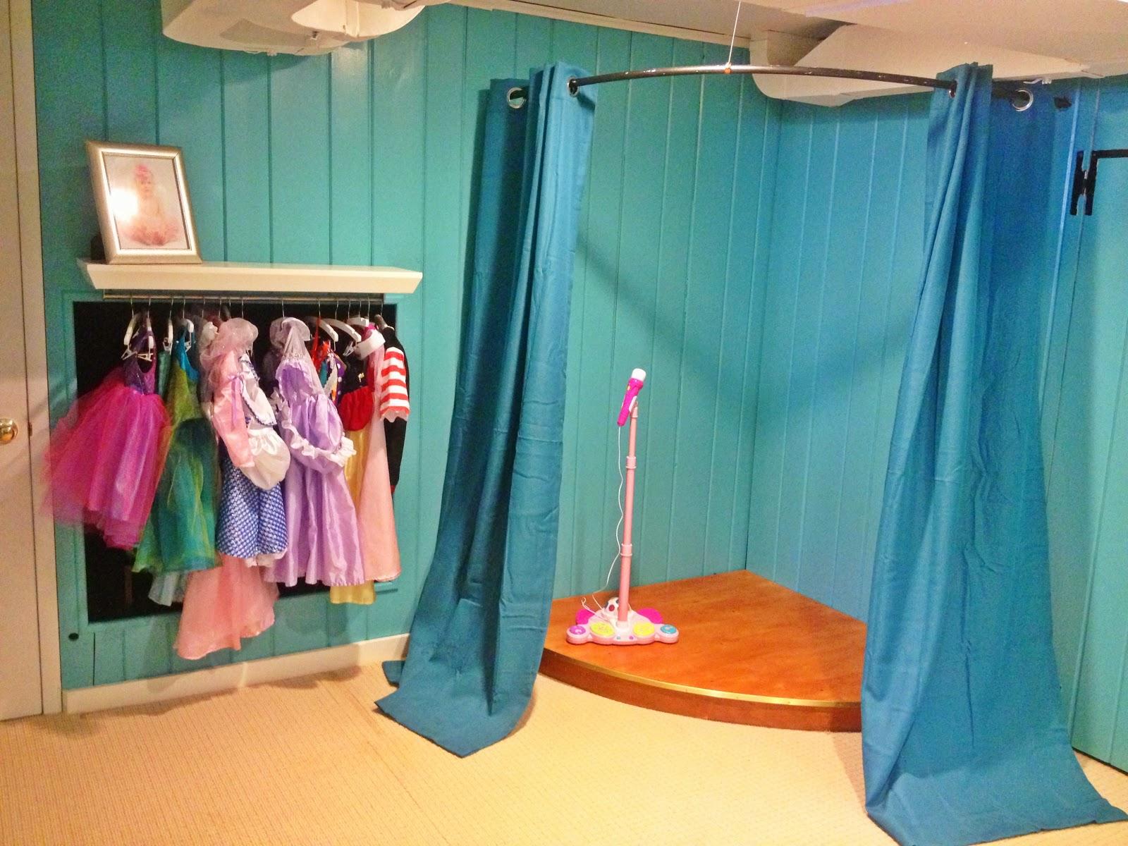 ¿Cómo construir un escenario para una sala de juegos para los niños ()