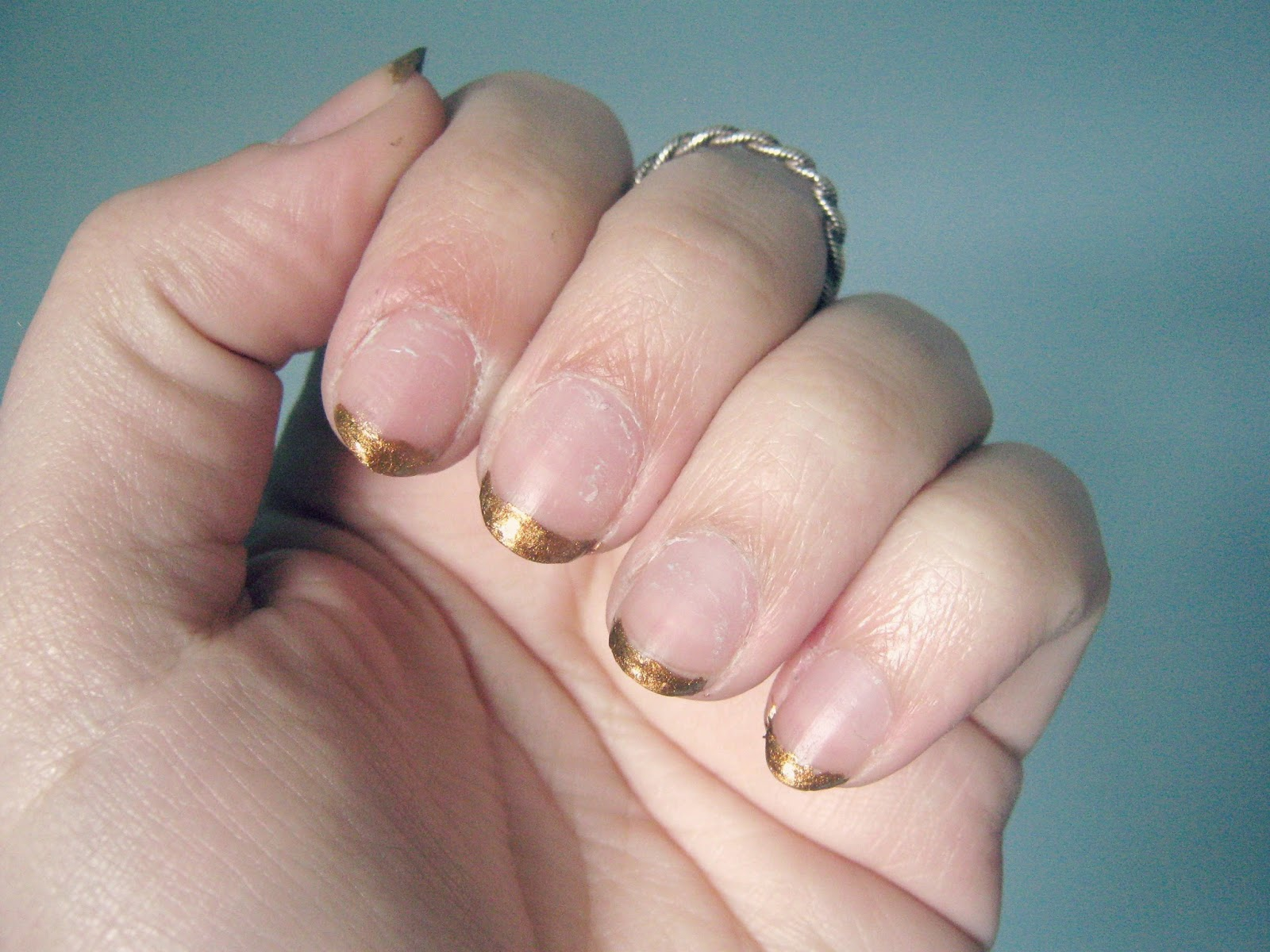 Gold Tipped French Manicure Nail Art Tutorial
