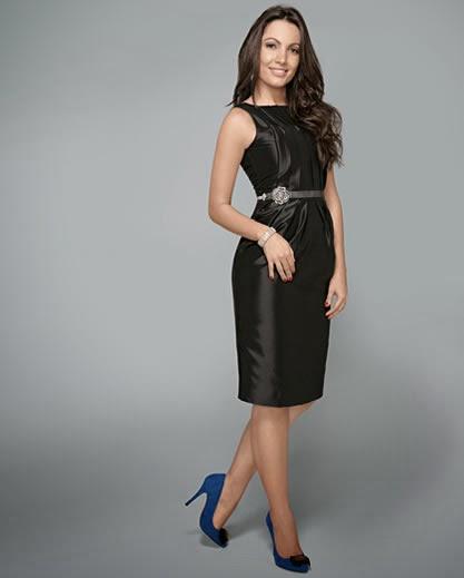 Vestido azul marinho sapato preto