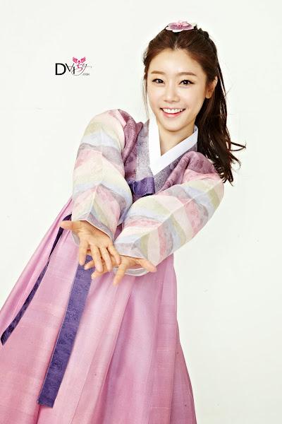 Girls Day Sojin Lunar 2014 Hanbok