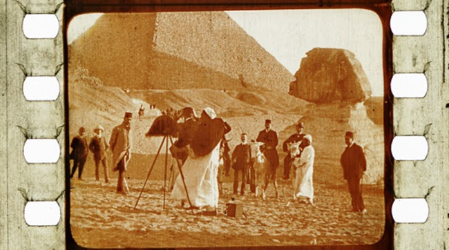 From Cairo to the Pyramids [Do Cairo às Pirâmides] ( Pathé, 1905).