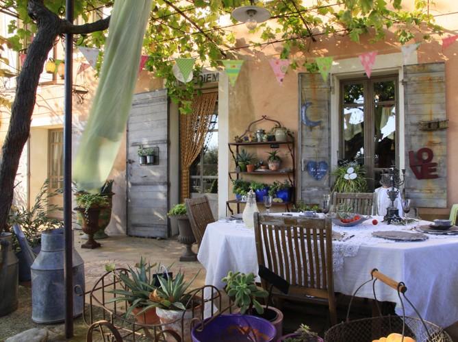 K&co. antiques: sensommer på terrassen...