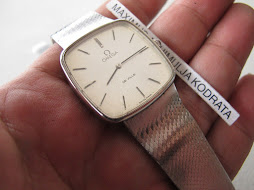 OMEGA DE VILLE - SQUARE CASE - MANUAL WINDING