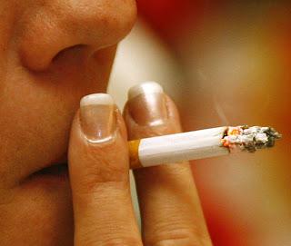 Merokok Dapat Menyebabkan Jerawat