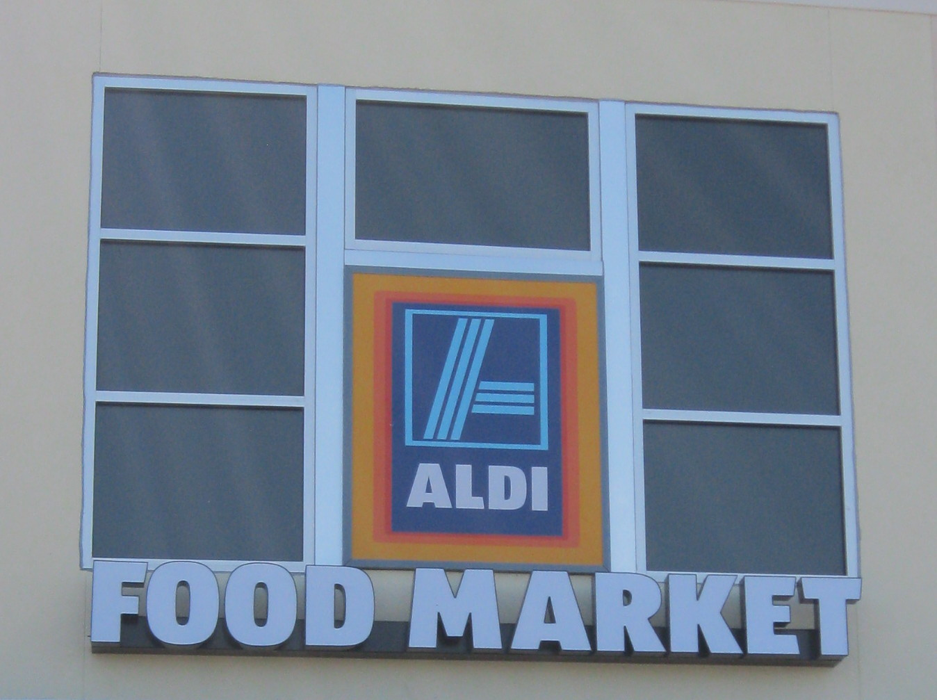 the aldi spot helping you save 2012