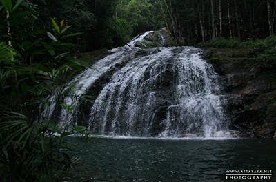 Pariwisata Lingga air terjun resun desa resun daik