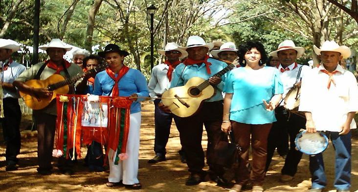 Comissão Municipal de Folclore de Uruaçu