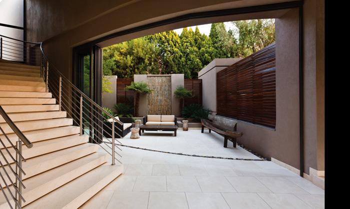 Casas minimalistas y modernas patios modernos i for Patios minimalistas modernos