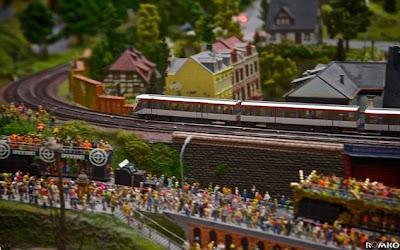 Miniatur Kereta Api Paling Besar