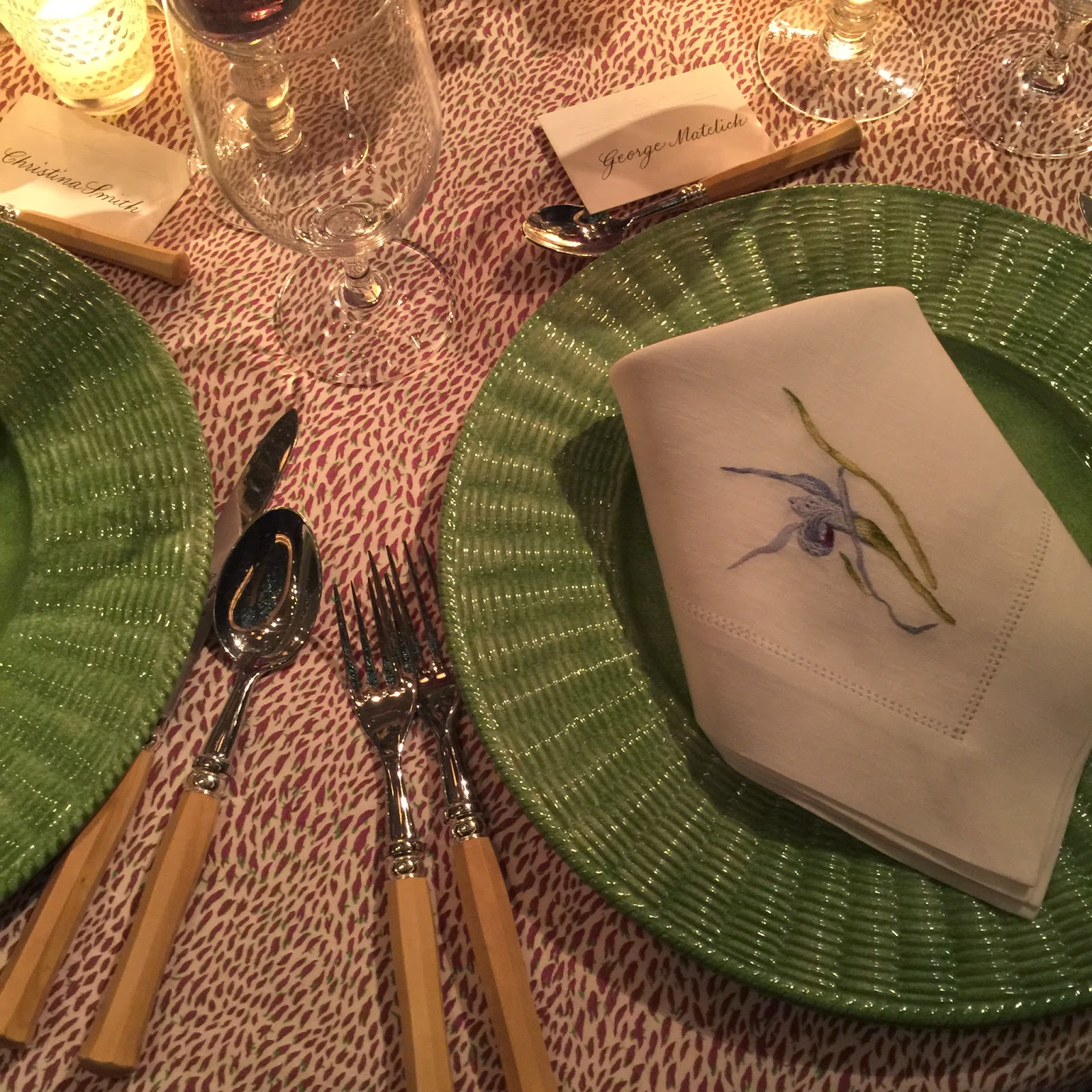 IFDA•NY: IFDA NY members view the gorgeous tables at NYC\'s annual ...