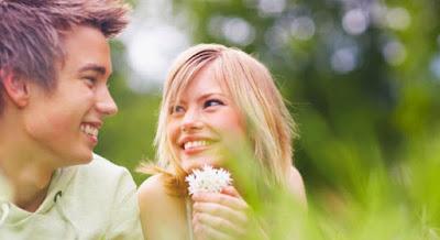 5 أسرار للاستحواذ على قلب الرجل الحب الغرام شاب فتاة guy girl love