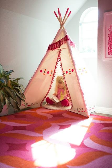 http://www.designimprovised.com/2014/09/diy-painted-kids-teepee.html