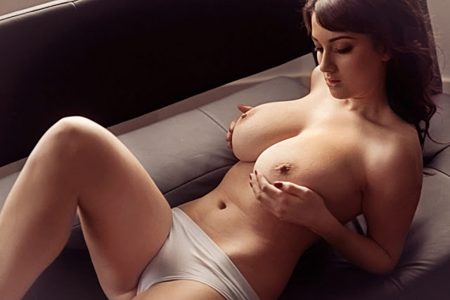 Joey Fisher Topless Super Big Boobs Nuts Photoshoot | Sexy Model of ...