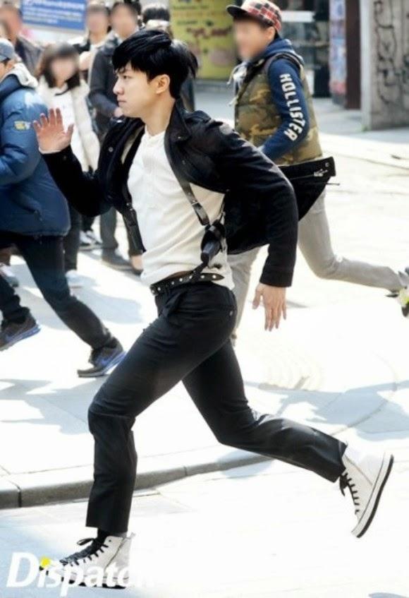 Lee Seung Gi ''vồ ếch'' khi đuổi tội phạm trên phố